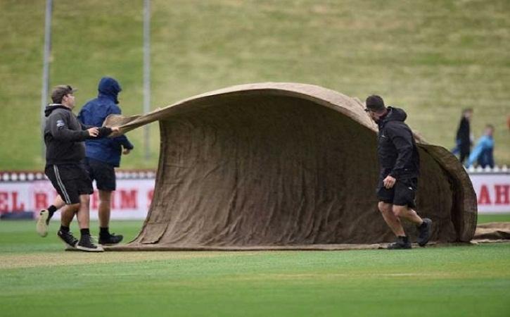 বাংলাদেশ-নিউজিল্যান্ড টেস্ট: বৃষ্টি বাধায় খেলা বন্ধ