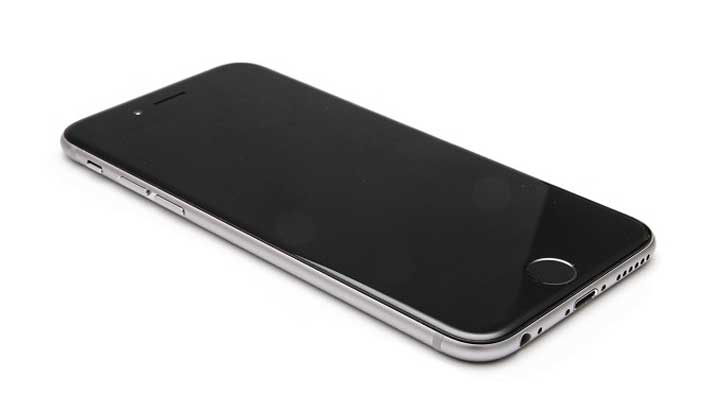 মাত্র ৬ হাজার টাকায় iPhone