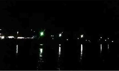 পর্যটকদের সুবিধার্থে কক্সবাজার সৈকতে নতুন এলইডি লাইট স্থাপন