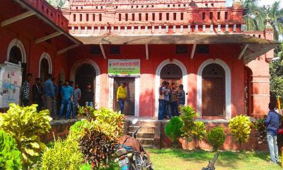 রাজশাহী কলেজ রিপোর্টার্স ইউনিটিতে ছাত্রলীগের হামলা