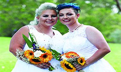 দুই নারী একে অপরের স্বামী-স্ত্রী
