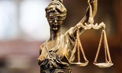 দুনিয়ার অদ্ভূত কিছু আইন