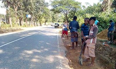 রোহিঙ্গা ক্যাম্পে রাস্তা নির্মাণে ৪০ কোটি টাকা বরাদ্দ