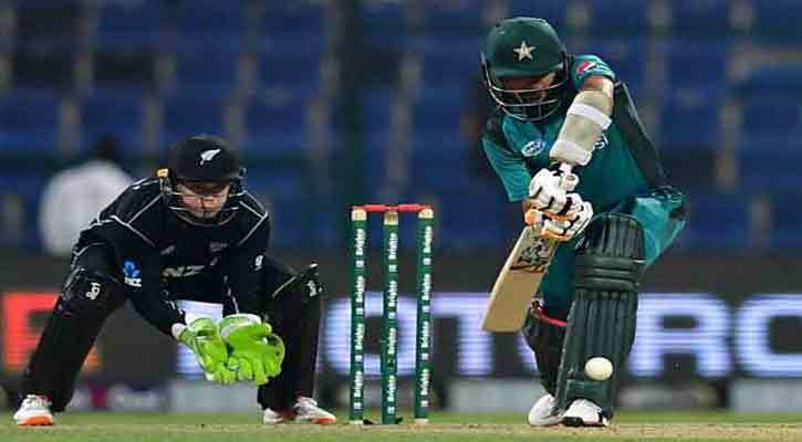Pakistan hitting, 4 changes in two teams