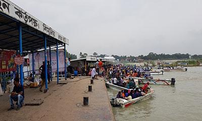 কাঁঠালবাড়ী-শিমুলিয়া নৌ রুটে ফেরি চলাচল বন্ধ
