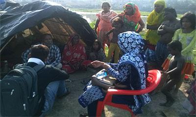স্বাস্থ্য সচেতনতা বৃদ্ধিতে বেদে পল্লীতে ওমেন্স কর্নার