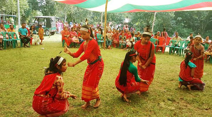 শেরপুরে গারোদের ওয়ানগালা উৎসব পালিত