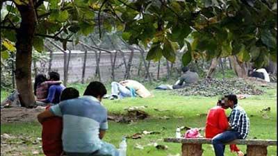 পার্কে অশালীন কাজ, ১১ যুগলকে ৫১ হাজার টাকা জরিমানা