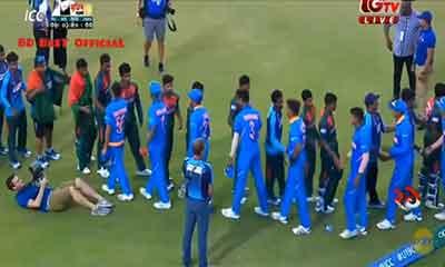 বিশ্বকাপ হেরে আকবরদের গালাগাল করেন ভারতীয় ক্রিকেটাররা!