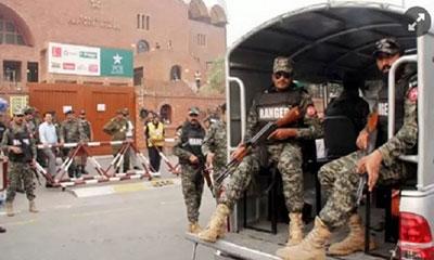 পাকিস্তানের চেকপোস্টে গোলাগুলি: ৫ পুলিশসহ নিহত ৮