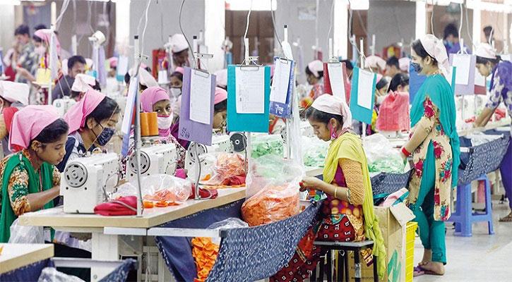 সরকারের সুযোগ-সুবিধায় পোশাক খাতে আশার আলো