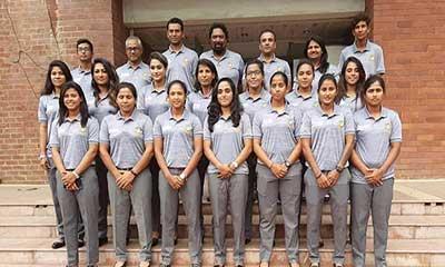ধর্মঘটে সাড়া না দিয়ে পাকিস্তানের পথে নারী ক্রিকেটাররা