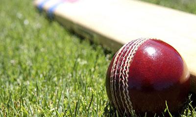 ৩১৪ রানের টার্গেটে খেলতে নেমে ১০ রানে অলআউট