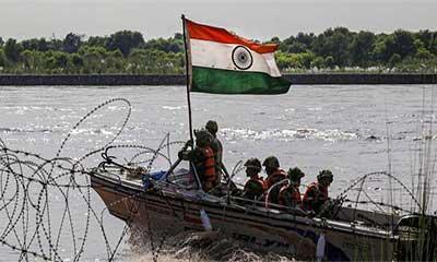 পাকিস্তানের নৌকা আটক করেছে ভারত