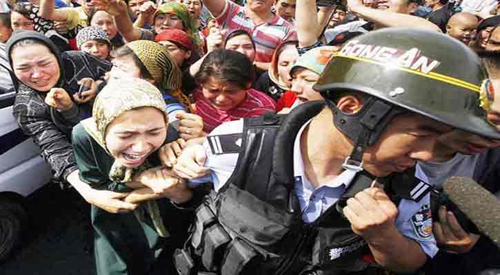মুসলিম নারীদের জোর করে বন্ধ্যা বানাচ্ছে চীন