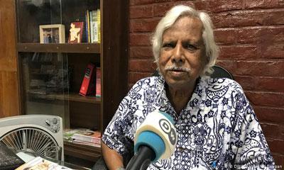 প্রথম টিকা জনসমক্ষে প্রধানমন্ত্রীর নেয়া উচিত: জাফরুল্লাহ