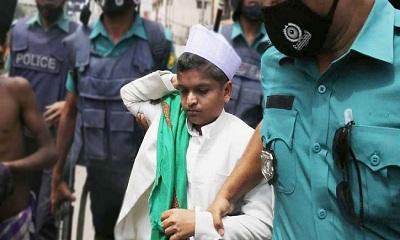 'শিশুবক্তা' রফিকুল ইসলাম মাদানী ৪ দিনের রিমান্ডে