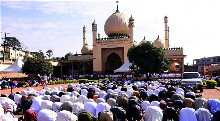 উগান্ডায় জনপ্রিয় হয়ে উঠছে ইসলামি শরিয়াহ আইন