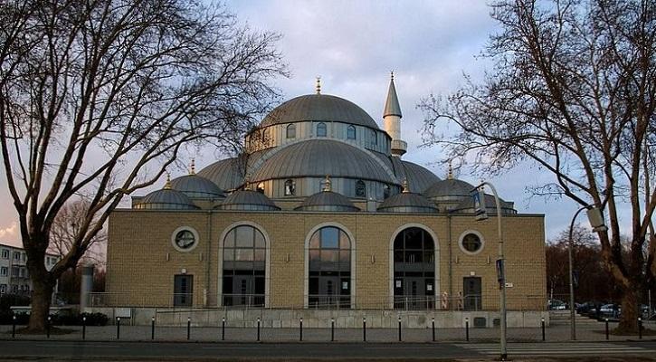 জার্মানিতে মুসলিমদের সংখ্যা বেড়ে ৫৫ লাখে দাঁড়িয়েছে